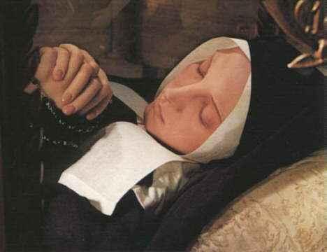 Cuerpoincorrupto De Santa Bernadette Soubirous  Vidente De Lourdes
